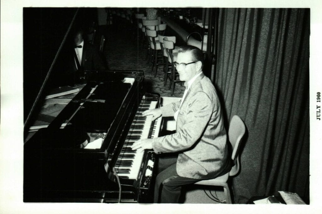 Multiple keyboards and effects .... Bob Novack in 1960